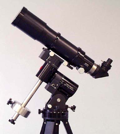 Astro-Physics 105 Traveler Telescope with optional Maxbright Diagonal, eyepiece, on optional Model 400 GTO mount (185,898 bytes)