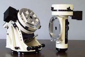 Model 900 GTO Mount Head Taken Down for Travel; East side of R.A. Axis at left, Declination Axis at right. Shown without Counterweight shaft or optional Mounting Plate or Saddle (53,162 bytes).