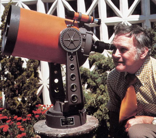 Tom Johnson with Celestron C-8 telescope (259,058 bytes)