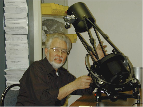 Jim Burr with engineering model of the NGT telescope (122,071 bytes).