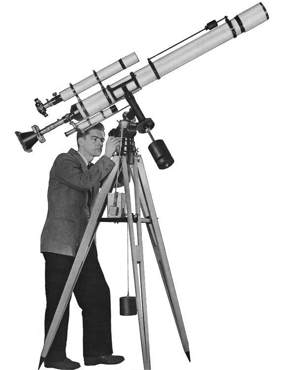 Unitron 4 inch Model 145 photo equatorial telescope with tripod (84,686 bytes)