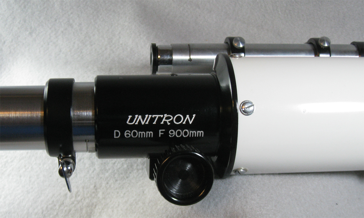 Unitron 60mm telescope, model 114 cased (329,476 bytes)