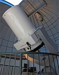 Optical Guidance Systems 32 inch telescope at George Mason University 27 July 2011 (26,729 bytes)
